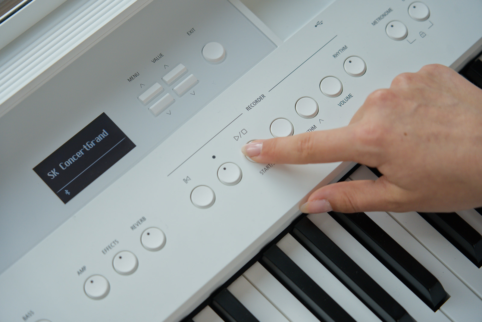 Kawai ES520 W - piano-reisinger.at